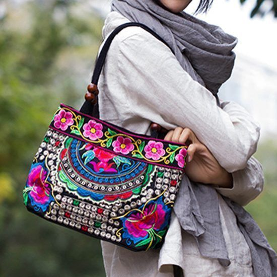2016-New-National-Trend-Small-Canvas-Embroidery-Ethnic-Shoulder-Bag-Women-Handmade-Flower-Embroidered-HandBag-Mochila