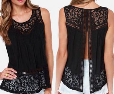 Las blusas y camisetas negras más sexys de este verano